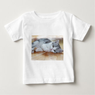 Cute Kitten playing with string Baby T-Shirt