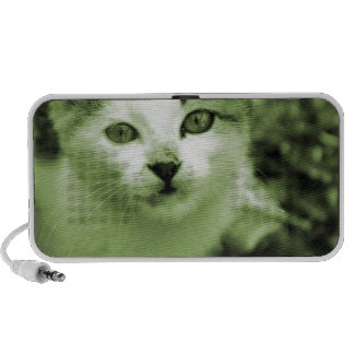 Cute kitten portable speaker