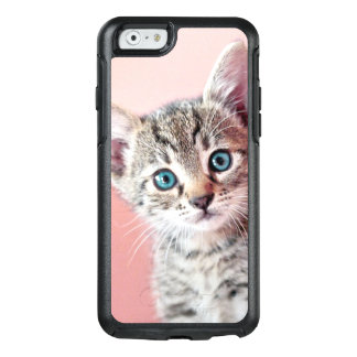 Cute kitten with blue eyes. OtterBox iPhone 6/6s case