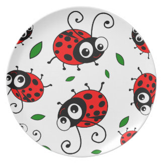 Cute ladybugs pattern plate