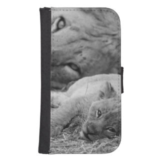 Cute Lion Cub Resting With Father Samsung S4 Wallet Case