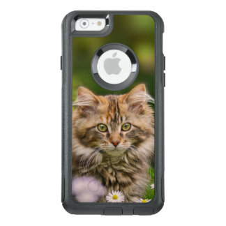 Cute Maine Coon Kitten Cat in Flowers  - Commuter OtterBox iPhone 6/6s Case