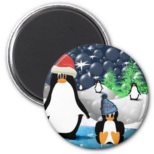 Cute Mummy & Baby Santa Penguins 6 Cm Round Magnet
