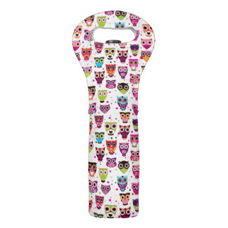Cute owl background pattern for kids wine bag