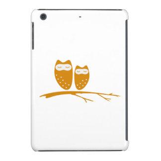 Cute owl couple with hearts iPad mini cases