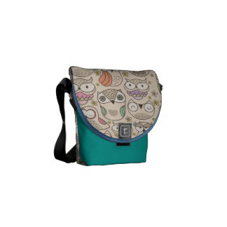 Cute owl pattern to messenger bag