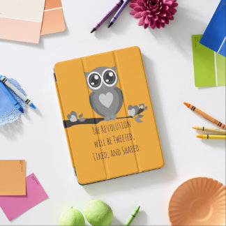 Cute Owl with Revolution Expression iPad Air Cover