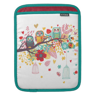 Cute Owls colourful floral hearts background iPad Sleeve
