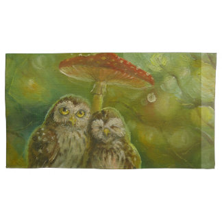 Cute Owls Couple under the Mushroom Pillowcase