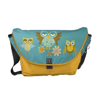 Cute owls crew messenger bags