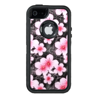 Cute Pastel Pink Hibiscus Floral Pattern On Black OtterBox iPhone 5/5s/SE Case