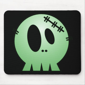 CUTE PATCHY SKULL - GREEN MOUSE PAD
