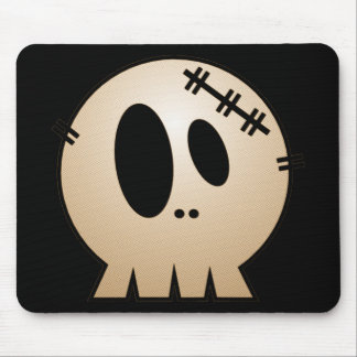 CUTE PATCHY SKULL - ORANGE MOUSE PAD