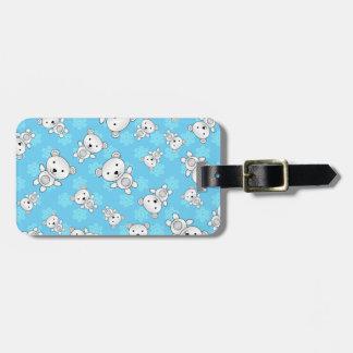 Cute polar bears blue snowflakes luggage tag