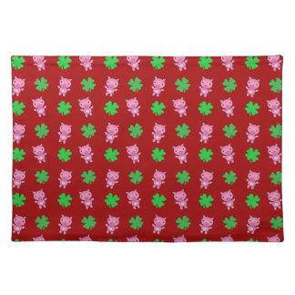 Cute red pig shamrocks pattern place mat