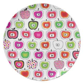 Cute retro apple pattern dinner plate
