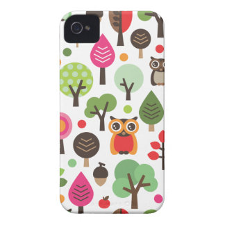Cute retro owl and trees pattern blackberry case