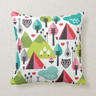 Cute retro owl wildlife pattern pillow case
