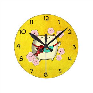 Cute Round Maneki Neko Cat Round Clock