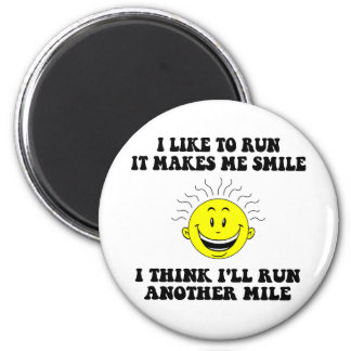 Cute running saying 6 cm round magnet