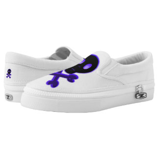 Cute Skull and Crossbones Slip On Shoes
