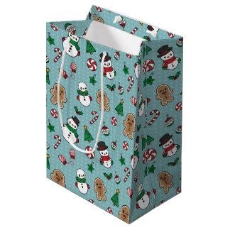 Cute Snow Pals pattern gift bag