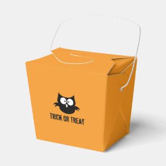 Cute Spooky Halloween Trick or Treat Black Owl Favour Box