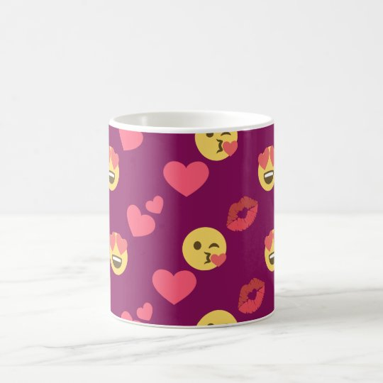 Cute Sweet Pink Emoji Love Hearts Kiss Pattern