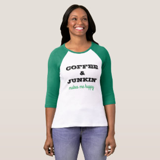 Cute t-thirt with coffee & Junkin' saying T-Shirt