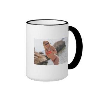 Cute, Wedding-Minded Pinup Mugs