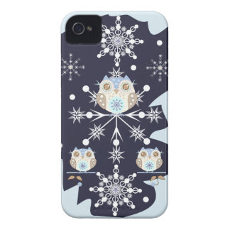 Cute winter Owls and Snowflakes iPhone 4 Case