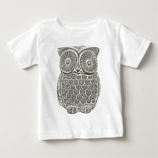 Cute wise grey owl t-shirt