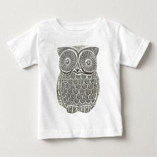 Cute wise owl t-shirt