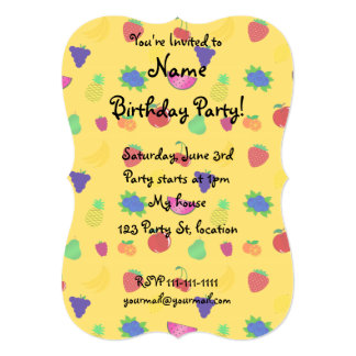 "Cute yellow fruits pattern 5"" x 7"" invitation card"