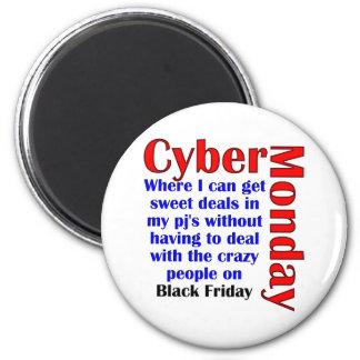 Cyber Monday 6 Cm Round Magnet
