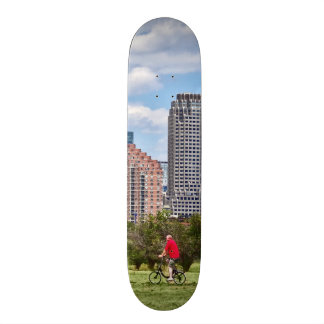 Cycling in Liberty State Park 20.6 Cm Skateboard Deck