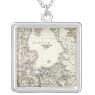 Daenemark, Island - Denmark, Iceland Silver Plated Necklace