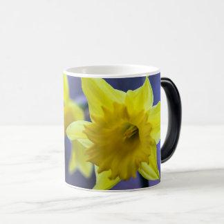 Daffodil flower magic mug