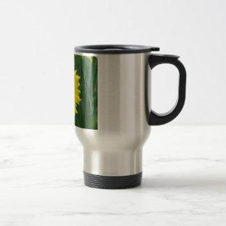 daffodil trumpets travel mug