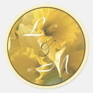 daffodile announcement envelope seal
