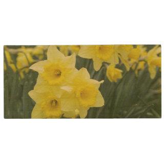 Daffodils RF) Wood USB 2.0 Flash Drive