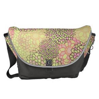 Dahlia Messenger Bag