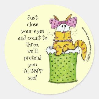 Dainty Garbage Kitty Round Sticker