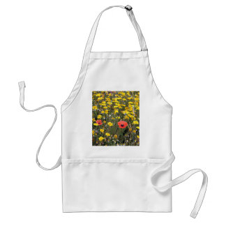 Daisies and poppies on El Camino Standard Apron