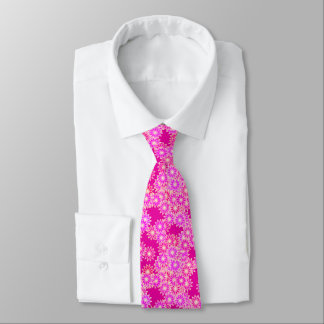 Daisies in shades of pink and orchid tie