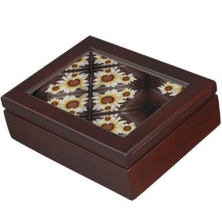 Daisies on brown monogrammed keepsake boxes