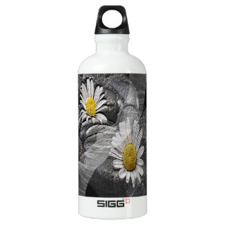 Daisy And Tulle SIGG Traveller 0.6L Water Bottle