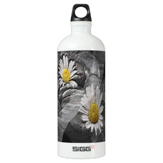 Daisy And Tulle Water Bottle