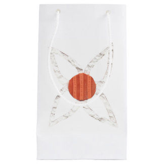 Daisy Chain No Background Gift Bag