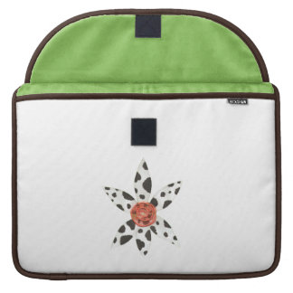 Daisy Cow 15 Inch Macbook Sleeve